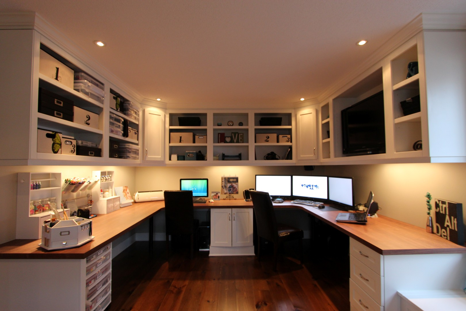 spacious room home offices designs ideas | Home Office & Workspaces - Gum Tree Cabinets